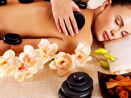 Top 6 Benefits Of Hot Stone Massages