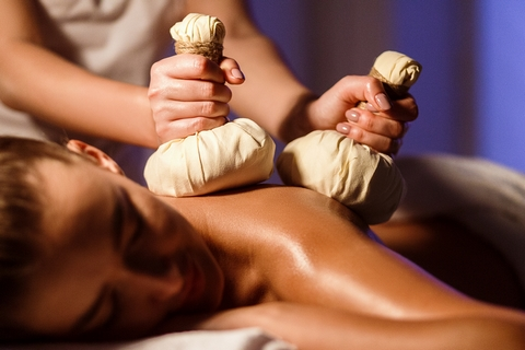 Aromatherapy massages therapy involves the use of essential oils.