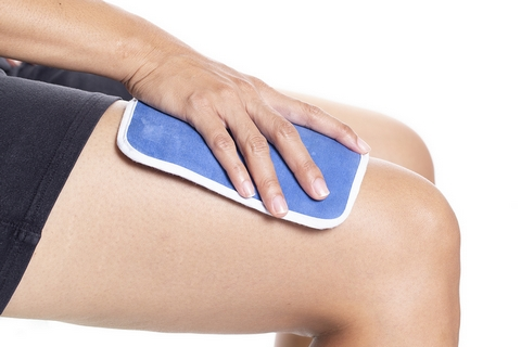 A warm compress is a good home remedy for joint and muscle pain.