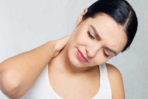 Dizziness is one of the pulled neck muscle symptoms.