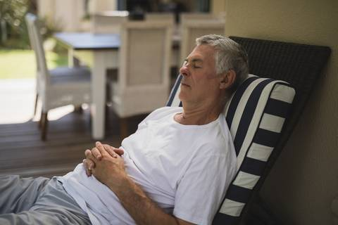 Sleeping in a reclined position can be a good sleeping posture.