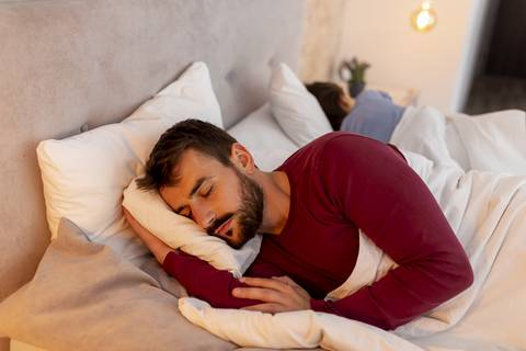 Sleeping on your side can be a good sleeping posture.